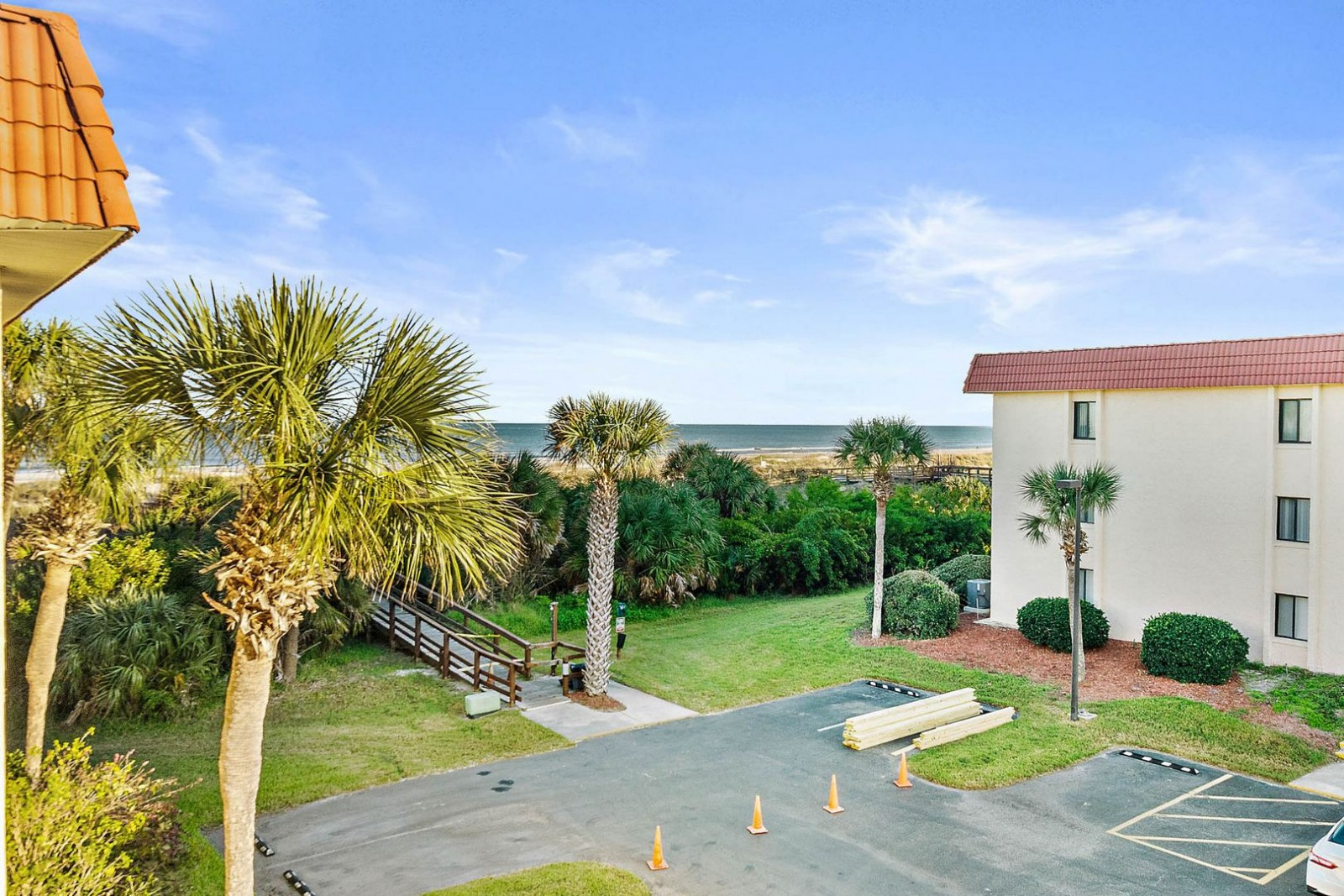 Balcony View of Ocean--The reason you come to St. Augustine!
