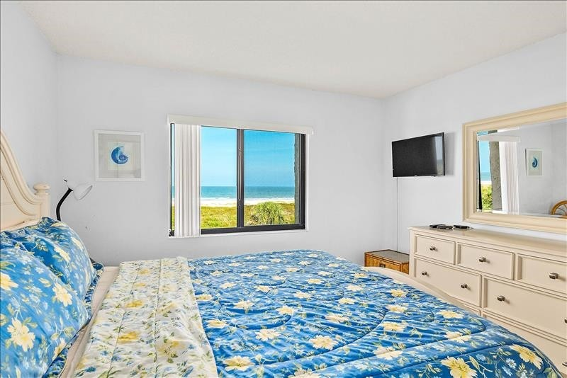 master bedroom with an ocean view...ahhhh!