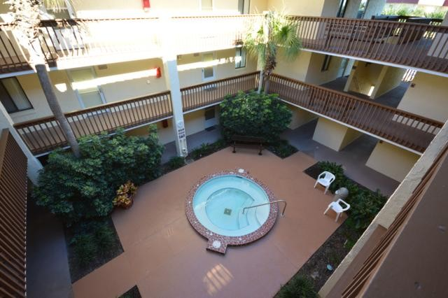 Hot tub courtyard view from 3rd floor